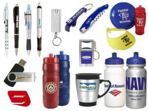 advertising products 300x225 - Förena nytta med nöje